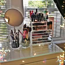 draw storage is more efficient and effective than counter e makeup organisation and storage