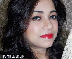 red lips with winged eye liner eye makeup indian