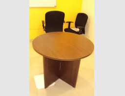 round discussion tables 2 jpg