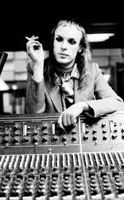 Brian eno, phil manzanera, rik kenton, bryan ferry, andy mackay, paul thompson, roxy music performing at the royal college of art video studio, london on july 5 1972 during the filming of their first promo film photo by brian cooke redferns zzz brian eno. Brian Eno Founding Member Of Roxy Music 1973 Oldschoolcool