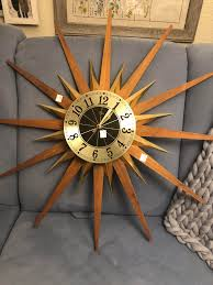 a vintage elgin starburst clock found at re it s missing the second hand but otherwise works great