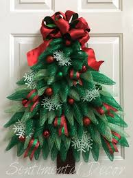 Mesh Christmas Tree Light Covers Christmas Tree Wreath Christmas Wreath With Lights Winter