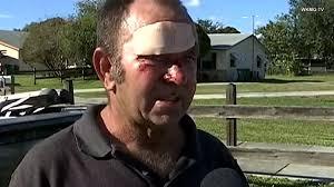 Un hombre es detenido y recibe una paliza mientras intentaba salvar a sus 3  perros durante un incendio en su casa   Schnauzi.com