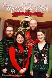 Christmas Family Photo This Family Takes Different Kinds Of Christmas Family Photos