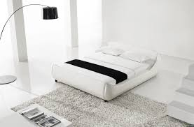 YEOLANI HOME Modern White Leather Platform Bed with Blue Led Light