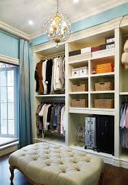 Simple European-style dressing room