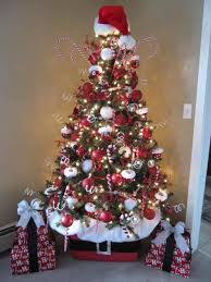 RAZ 2013 Christmas Tree  Knit Collection  Trendy Tree Blog Red Silver And White Christmas Tree
