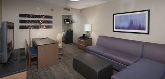 2 bedroom hotel in chicago il. embassy suites chicago downtown magnificent mile hotel, il - 2 room suite bedroom hotel in il