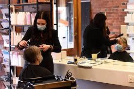 Coronavirus in Ballarat: Hairdressers cut above COVID-19 mask ...