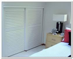 exquisite accordion doors interior louvered accordion closet doors steveb interior louvered