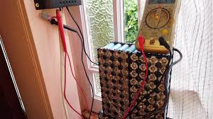 diy mini 18650 power wall solar charge controller mounted and charging
