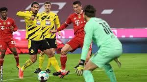 Kickoff for borussia dortmund vs. Bayern Munich 4 2 Borussia Dortmund Robert Lewandowski Hat Trick Settles Der Klassiker Bbc Sport