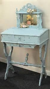 Small Writing Desk For Bedroom 17 Best Ideas About Small Writing Desk On Pinterest Small Desks