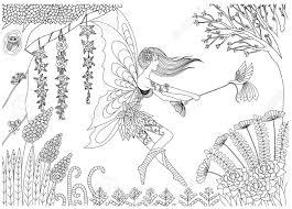 妖精が大人用の塗り絵のフォレスト設計における鳥と遊んでいます
