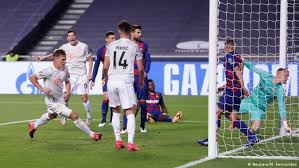 Check spelling or type a new query. Bayern Munich Show Intensity Quality Mentality In Record Win Over Barcelona Sports German Football And Major International Sports News Dw 14 08 2020