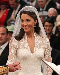 kate middleton s hairstylist used a practice tiara