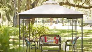 Cleaning Outdoor Patio and Deck Furniture