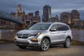 best mid size suv 2017 midsize suv honda pilot kelley blue book 11 of the best new cars