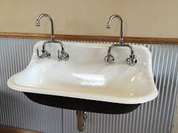 cast iron baths in sydney melbourne brisbane perth adelaide