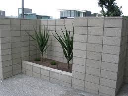 cinder block retaining wall ideas for better look