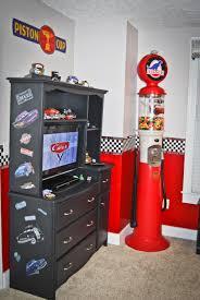 Amazing Race Car Bedroom Decorating Ideas   Disney Cars Bedroom, Disney Cars Theme  Bedroom Includes A Stoplight .