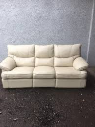Reclining cream leather 3 &2 seater suite free furniture