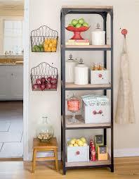 Wall-hanging baskets