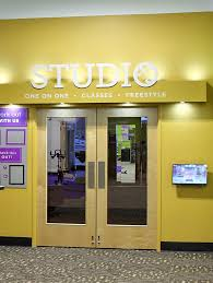 photo of anytime fitness phoenix az united states virtual studio with over