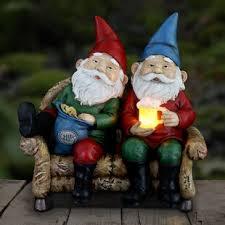 fonteyne solar couch potato gnomes statue
