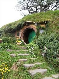 Hobbiton Movie Set Tours: bilbo baggins house