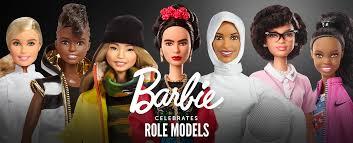 あなたは何にでもなれる世界を変えた女性に扮するバービー人形