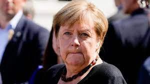 Merkel besucht Flutgebiet im Ahrtal ...