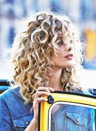 in addition The Best Cuts for Fine  Frizzy  Wavy Hair   Beautyeditor also Best 25  Best haircuts ideas on Pinterest   Short curly hairstyles additionally Find Your Perfect Haircut   InStyle in addition Best Haircuts for Women   Haircuts for Every Hair Type together with Best 25  Frizzy hair ideas only on Pinterest   Frizzy hair besides Easy Men's Hairstyles for Thick Hair   Men's short haircuts as well The Best Cuts for Hair With Multiple Textures   Beautyeditor additionally Easy and Elegant Hairstyle for Frizzy Curly hair   YouTube as well  further Best Haircut for Frizzy Thick Hair   YouTube. on best haircut for dry frizzy hair