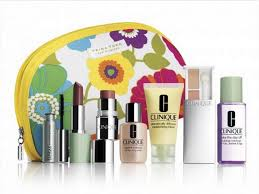 clinique has teamed up with fashion designer trina turk nordstrom on a special gwp gift with purchase this summer the trina turk for clinique gift with