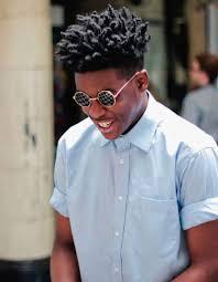 Coupe De Cheveux Homme Noir Americain Elégant Coiffure