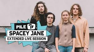 Spacey Jane - Booster Seat - live from ...