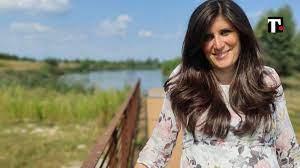 Chiara Appendino incinta, fa il vaccino e posta l'ecografia: