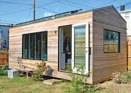 tiny house movement. energy efficiency and the tiny house movement