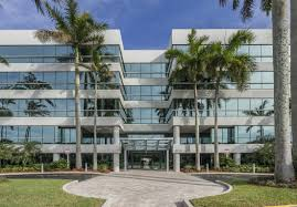 the office centre. Lakeside Office Center Consists Of 134,446 Square Feet Class A Space. The Building Is Situated In One South Florida\u0027s Most Desirable Centre