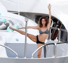 Brooke Burke s Pussy 51 Photos TheFappening