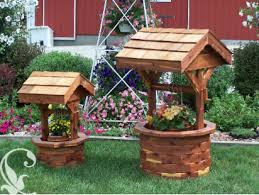 Wooden Wishing Well Planter - Amish Furniture Crafts