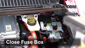 replace a fuse ford c max ford c max hybrid sel 6 replace cover secure the cover and test component