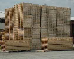 The Recycled Pallet Wood Is Cheap And Very Handy To Use Companies Dealing With This Type Of Recycling Are Located In The Urban Areas Nearby  P