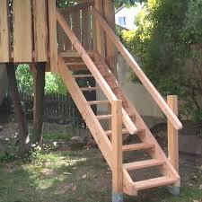 Auch kinder können so ohne pool ausgiebig im garten planschen und das kühle. Holztreppe Selber Bauen Fur Garten Und Terrasse Heimwerker De