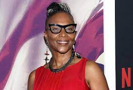 Dr roy jonathan cobb is the husband of deceased american entertainer suzanne douglas. C4idnn5cqwbwkm