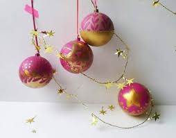Decorating With Christmas Balls Awesome Pébéo A Stepbystep To Decorate Christmas Balls With PBO Deco