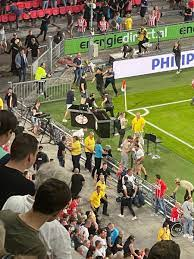 PSV-Galatasaray maçında gerilim