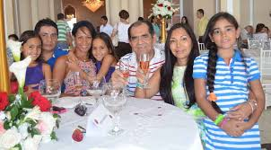 Madres celebraron su día en el Club Santa Marta