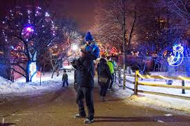 Festival Of Lights Manhattan Ks Christmas On The Cheap In January The New York Times