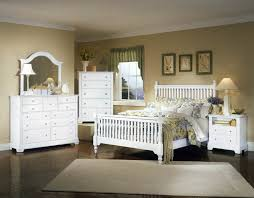 Vaughan-Basset Cottage Collection Slat Poster Bedroom Set F in ...